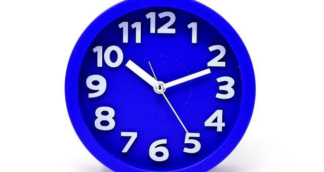 Czy administrator baz może sobie pozwolić na 6-godzinny dzień pracy?